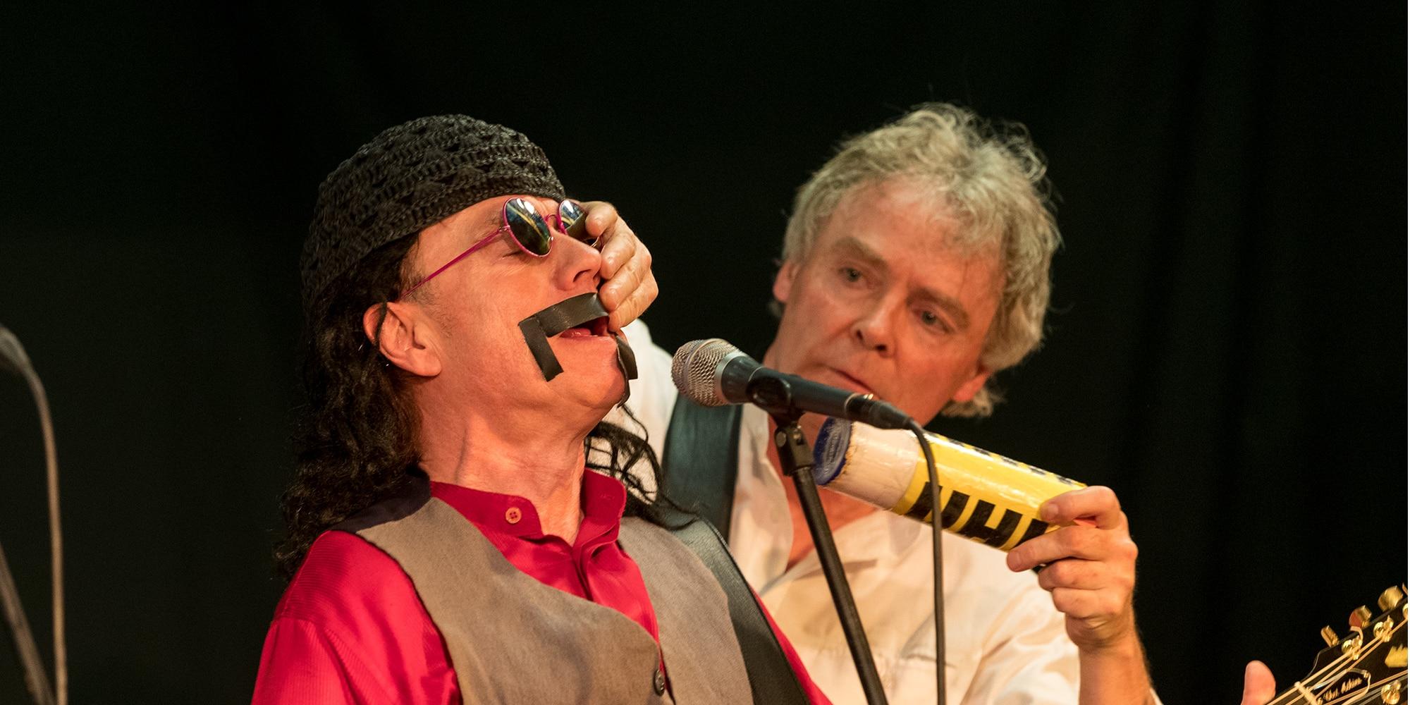 Mark'n'Simon Musik, Comedy - Frank Zappa Imitation